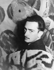 Salvador_Dalí_1939
